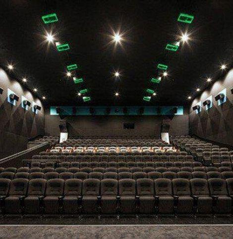 緊急事態宣言を受け、映画館の営業はどうなる?各チェーンの対応まとめ