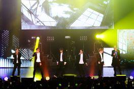 WE BEAST ZEPP TOUR 2012の画像