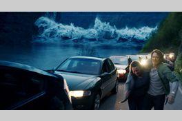 THE WAVE/ザ・ウェイブの画像