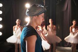 ホワイト・クロウ 伝説のダンサーの画像