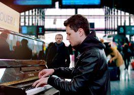パリに見出されたピアニストの画像