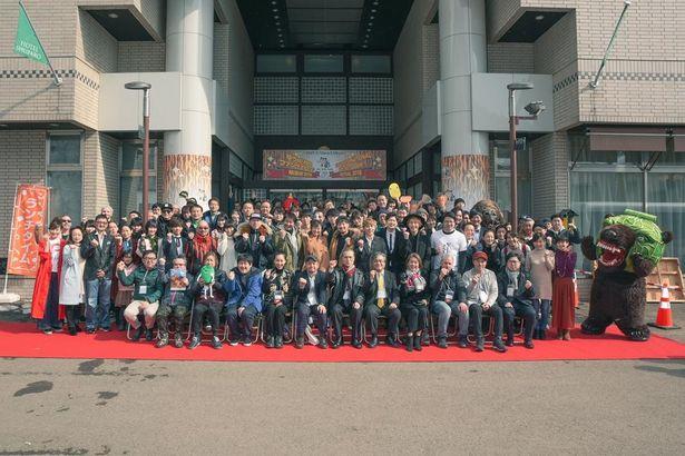 地元のゆるキャラ・メロン熊も参加(?)した昨年の「ゆうばり国際ファンタスティック映画祭」