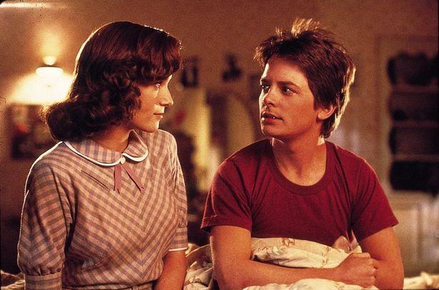 マーティは過去の世界で若かりし母親に好意をもたれてしまう…
