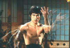 永遠のカンフーヒーローブルース・リーの名作を振り返る(『ドラゴン怒りの鉄拳』)