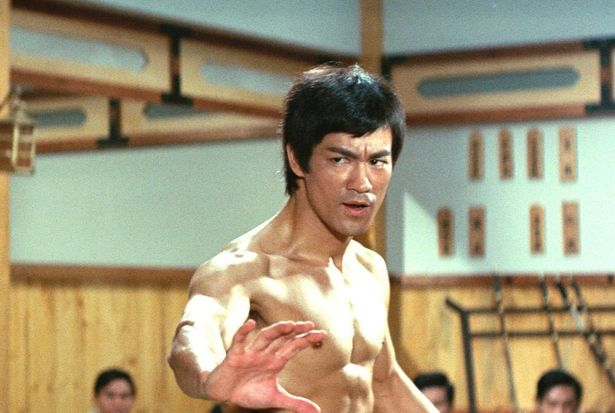 その後も主人公が同じ作品が作られるなど人気が高い『ドラゴン怒りの鉄拳』