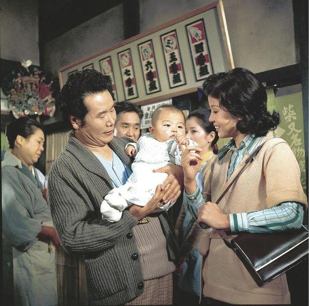 赤ん坊をめぐる騒動が起こる『男はつらいよ 寅次郎子守唄』