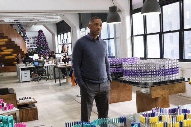 実際のオフィスで撮影されたシーン…オシャレすぎる!
