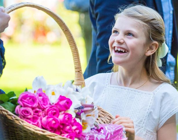ヴィクトリア皇太子の誕生日パーティに出席したエステル王女