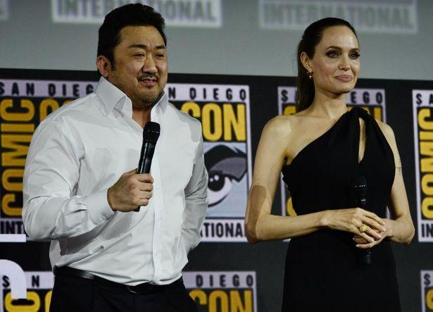 2019年のシネマコンに登場したマ・ドンソク。マーベルの新作『エターナルズ』で共演するアンジェリーナ・ジョリーと