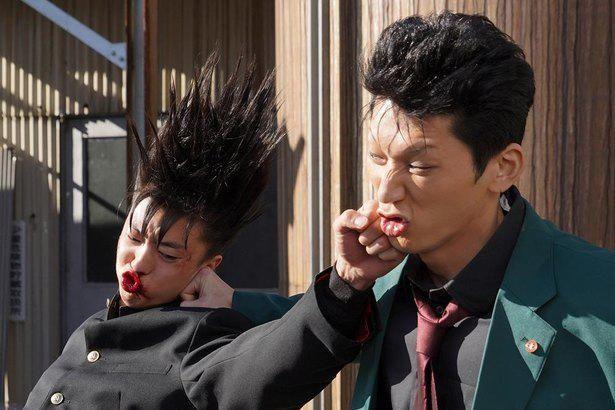伊藤が「なんとか間に合った」と語る髪型