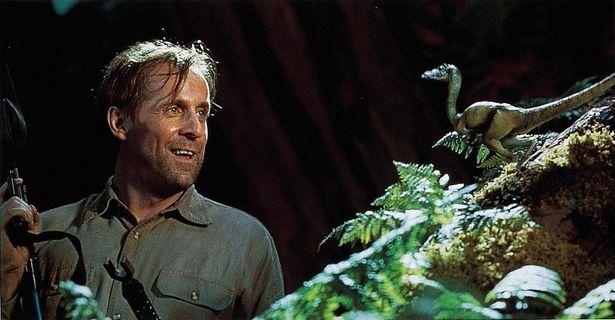 架空の恐竜で、小柄ながら集団で大きな獲物にも襲いかかるコンプソグナトゥス・トリアシクス(『ロスト・ワールド/ジュラシック・パーク』)