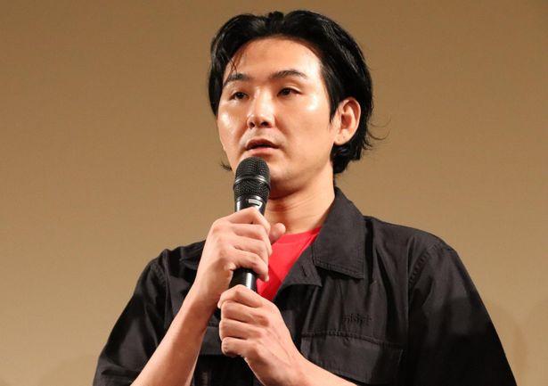 舞台挨拶に登壇した松田龍平