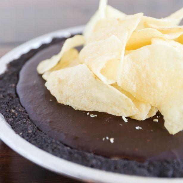 映画「ラ・ラ・ランド」公開記念メニュー「Lonely pie(ロンリーパイ)」(Slice・税抜450円、Whole・税抜3600円)は2月13日(月)から発売