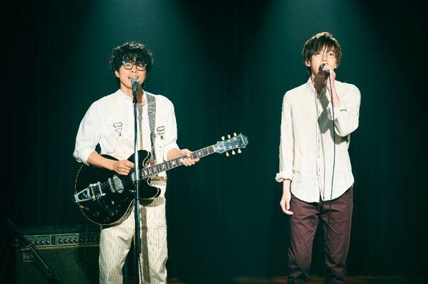 井ノ原快彦&道枝駿佑の主題歌熱唱写真が解禁!