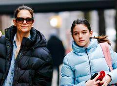 トム・クルーズ元夫妻の娘、ファッションが大人っぽく
