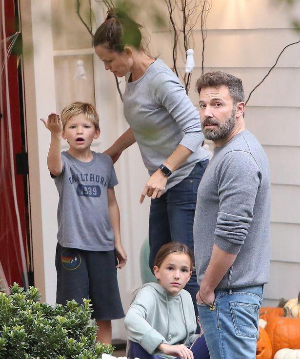ベンとの間には3人の子どもがおり、離婚後も関係は良好のよう