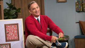 トム・ハンクスが人気番組の司会者を完コピ!『幸せへのまわり道』が公開決定