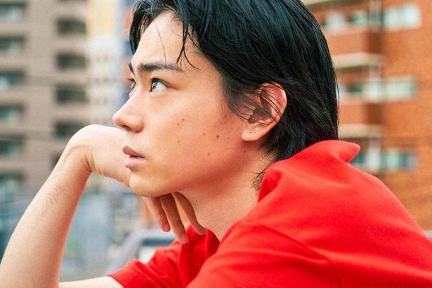 小松菜奈と3度目の共演を果たした菅田将暉