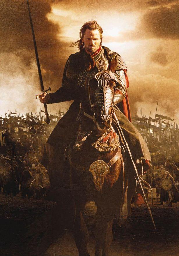 イシルドゥアの子孫でしだいに人間の王として覚醒していくアラゴルン(『ロード・オブ・ザ・リング/王の帰還』)
