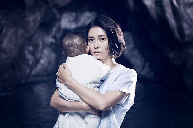角田光代の傑作サスペンスを映像化した「連続ドラマW 坂の途中の家」
