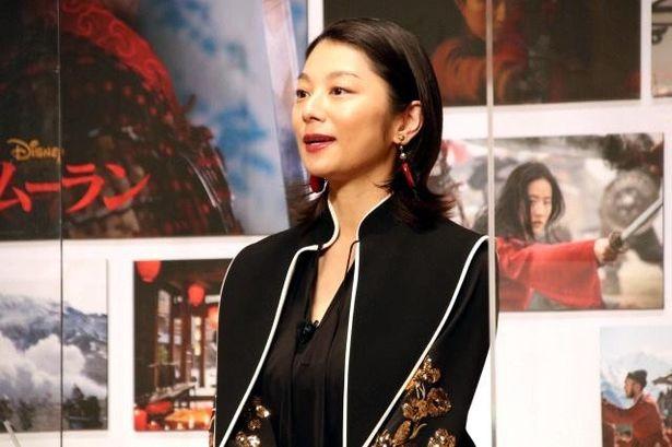 魔女シェンニャン役の声優を務めた小池栄子