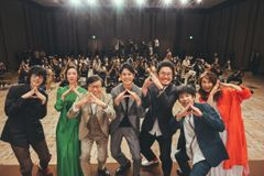 浅田政志撮影のオフショット公開!『浅田家!』完成報告会開催
