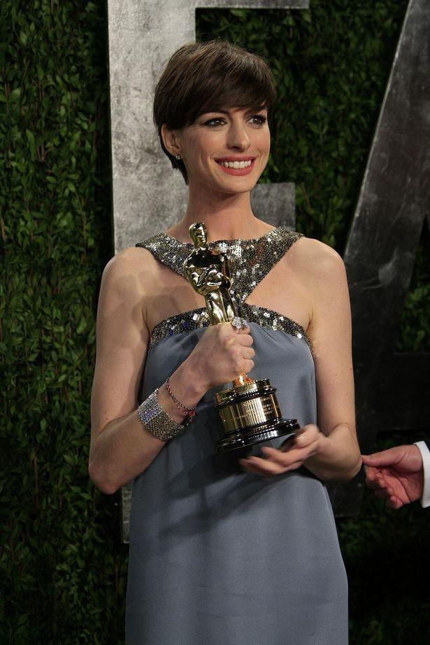『レ・ミゼラブル』では体型も含め役作りに打ち込みアカデミー賞助演女優賞を受賞