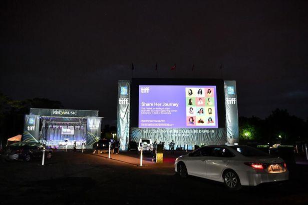 オープニング作品の『David Byrne's American Utopia』はドライブイン・シアターでの上映が行われた