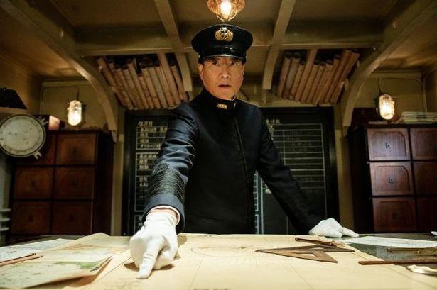 日本軍を指揮する、山本五十六海軍大将