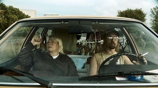 スウェーデンのダークコメディ映画『カムバック』