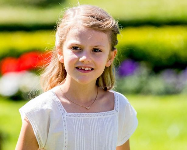 スウェーデンのエステル王女、成長した姿が話題に