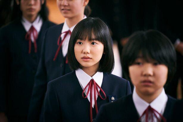 芦田愛菜は『星の子』で髪の毛をばっさりカットして撮影に挑んだ