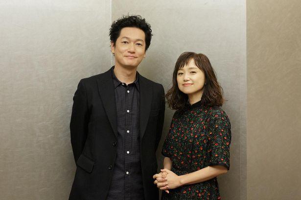 河瀬直美監督作『朝が来る』で共演した永作博美と井浦新