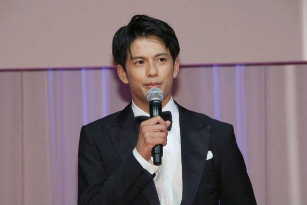 『本気のしるし<劇場版>』の主演俳優、森崎ウィン