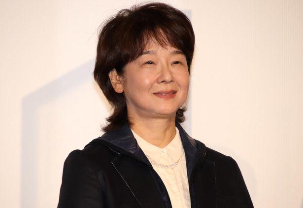 田中裕子「皆さん、お元気でいらしてくださいね」と笑顔