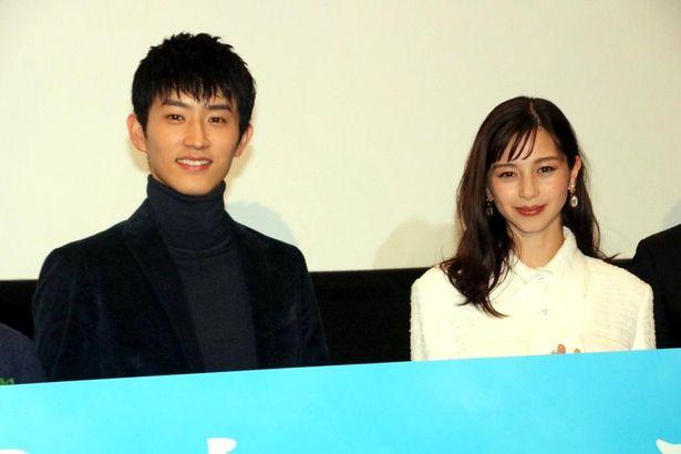 『水上のフライト』で共演した中条あやみと杉野遥亮は相思相愛!