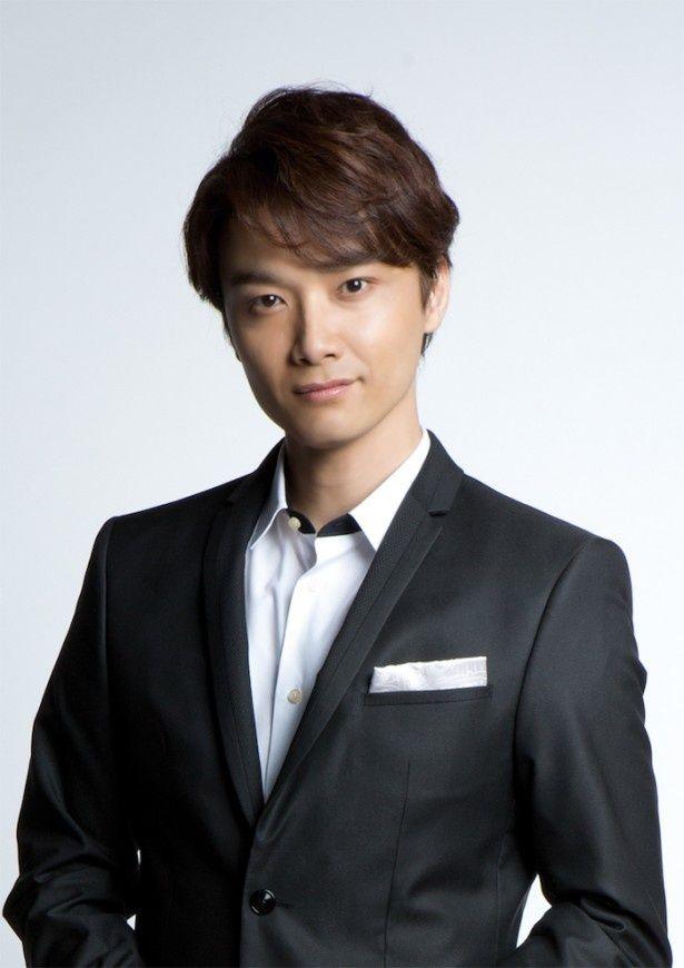 ミュージカル俳優・井上芳雄がコンプレックス&ライバルを告白!