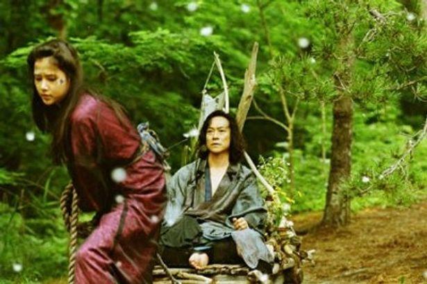 主演の中村達也のほかに、新井浩文、板尾創路らも出演
