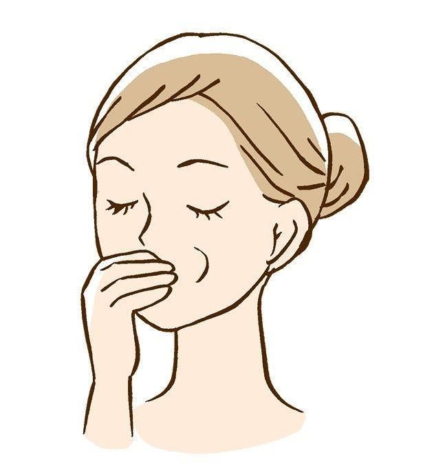 「モダイオラスマッサージ」で口まわりの筋肉をほぐす