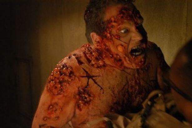 地下遺跡を舞台に悪魔との死闘が展開する『デビル・ハザード』