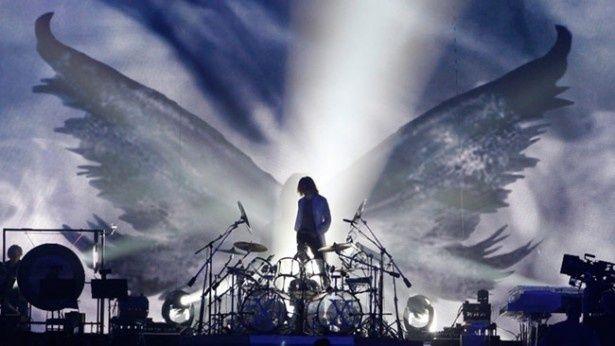 国内外の音楽シーンに多大な影響を与えてきたバンド、X JAPANの歴史が明らかに