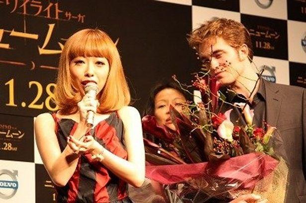 """イメージソング「Destiny」を歌う加藤ミリヤが、ロブ様の""""運命の恋""""を語る"""
