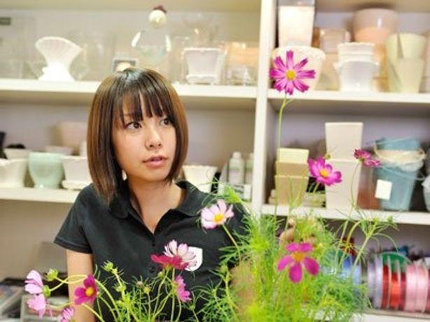 「Flower Shop Diary」では田中美保を中心に、全4編の物語が描かれる