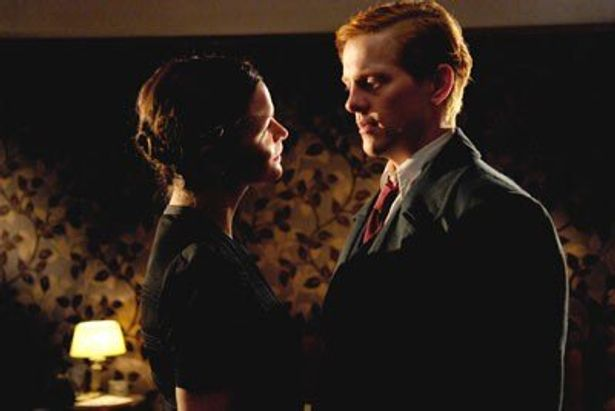 つかの間の恋に影を落とすスパイ疑惑の真相は?