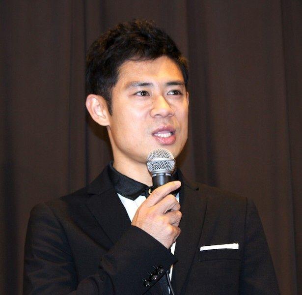 舞台挨拶に登壇した伊藤淳史