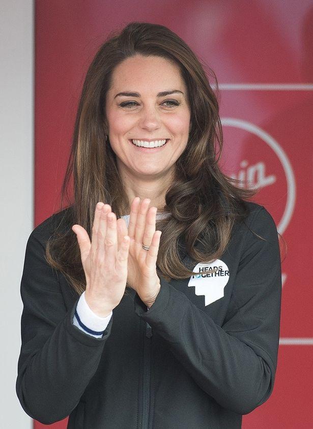 ロンドンマラソンの応援にかけつけたキャサリン妃