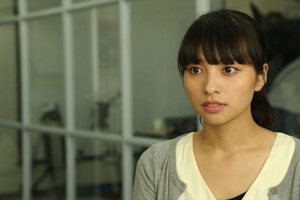 映画の音声ガイドを仕事とするヒロインの美佐子を演じた水崎綾女