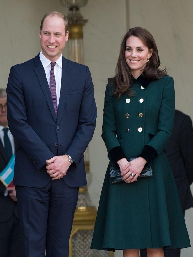 「2人でテレビドラマを見ながらデリバリーフードを食べるのが好き」と明かしたキャサリン妃&ウィリアム王子