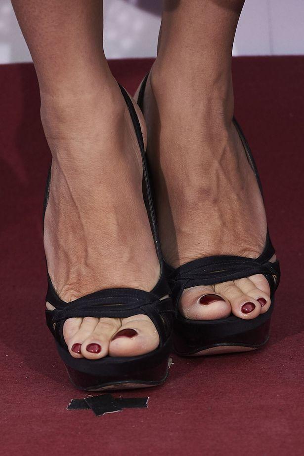 【写真を見る】「大きすぎる」とネットユーザーから注目を集めたペネロペの足