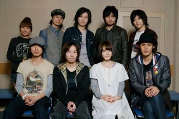 「モヤモヤがなぜか魅力的に感じられる不思議な作品です」と語った神谷浩史(写真前列左から1人目)